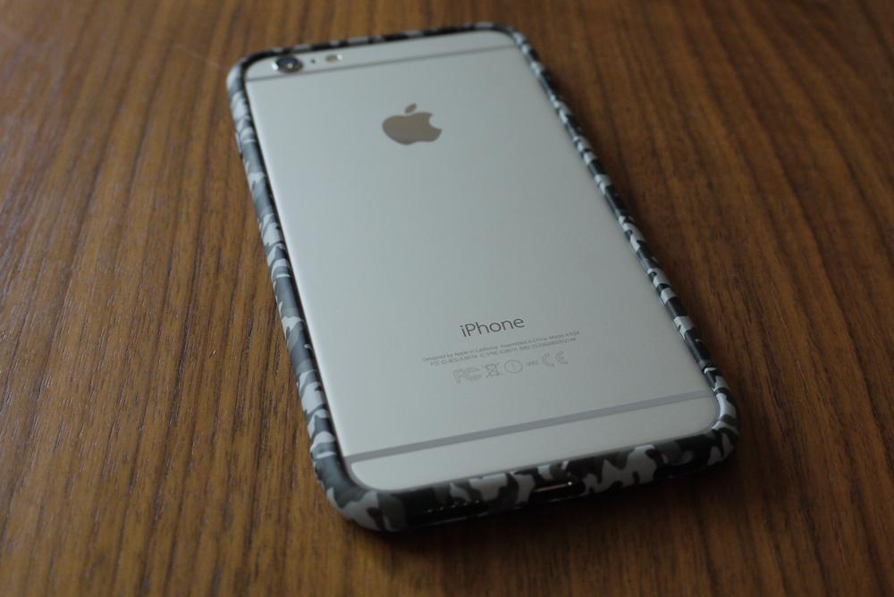Rasta Banana「Various series Bump iPhone6 Plus」の背面