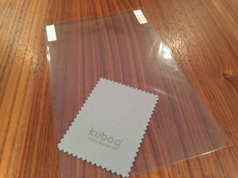 オウルテック「iPad mini用 スタイリッシュ&スリムフラップケース」付属の保護フィルムとクリーナー
