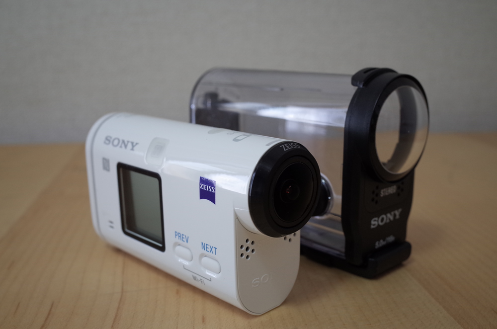 アクションカム「HDR-AS200V」とウォタープルーフケース「SPK-AS2」