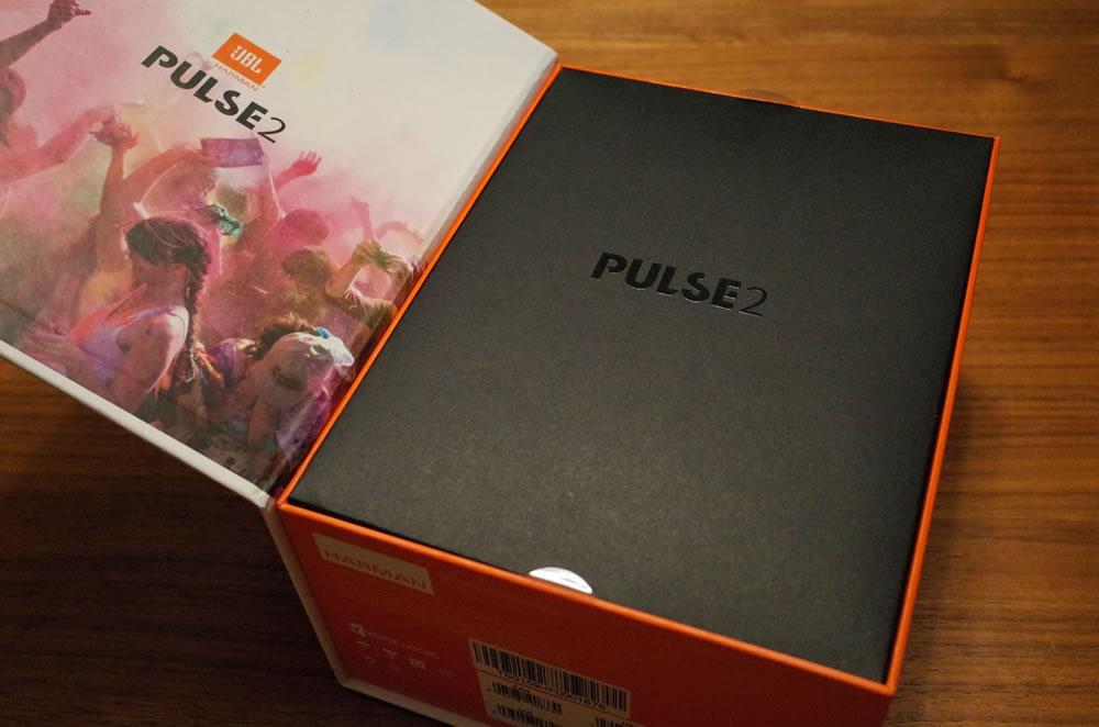 JBL「PULSE2」の箱開けたところ