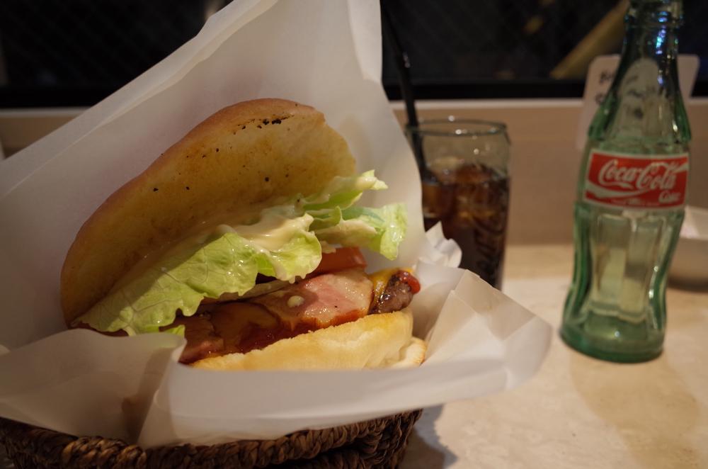 RICOH「GR」で撮ったハンバーガー