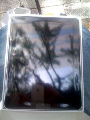 iPadの箱を開けたところ