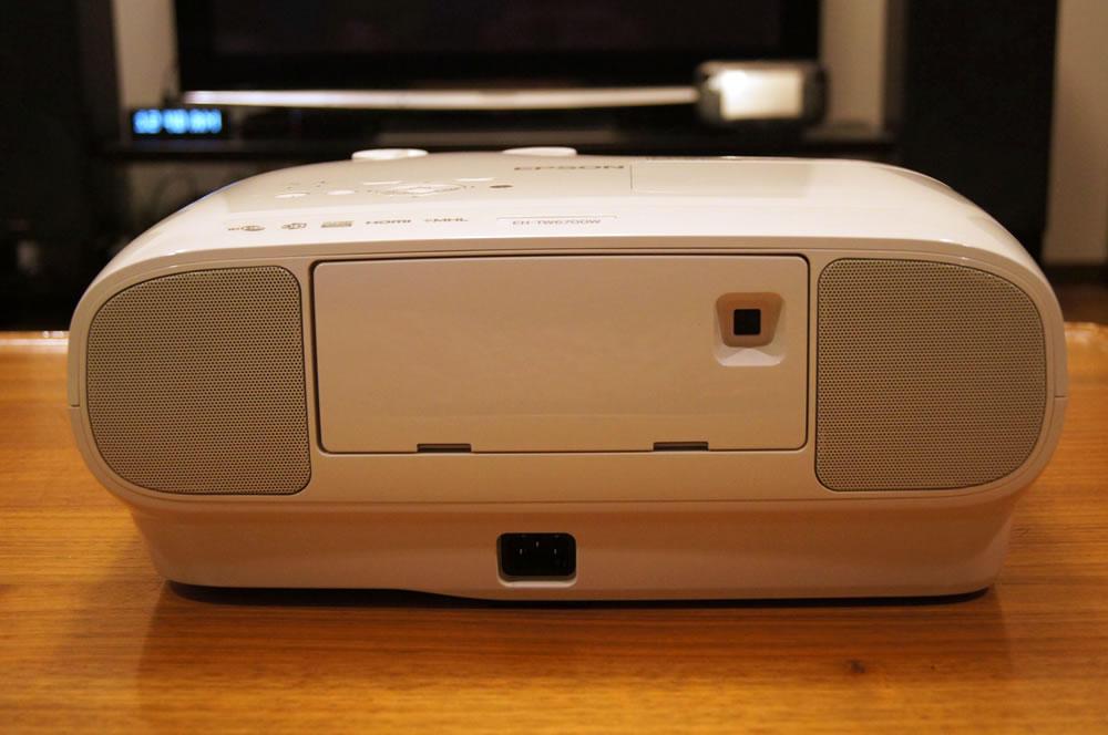 EPSON「EH-TW6700W」の本体後面