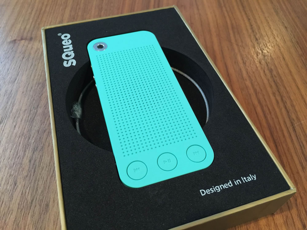「SQueo : Advanced Waterproof Bluetooth Speaker」はやっぱり「Designed in Italy」